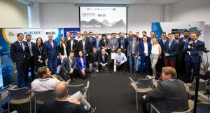 Wspólne zdjęcie startupów oraz organizatorów programu / Space3ac