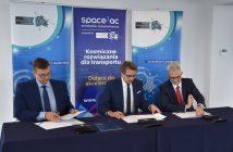 Podpisanie umowy z akceleratorem Space3ac - na zdjęciu (od lewej): Dariusz Gołebiewski (PZU Lab), Paweł Lulewicz (Pomorska Specjalna Strefa Ekonomiczna), Mateusz Bońca (Grupa LOTOS) / Credits - Marcin Popiel, PSSE
