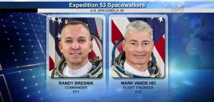 Spacer kosmiczny EVA-45
