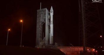 Atlas 5 z NROL-52 na wyrzutni startowej tuż przed startem / Credits - ULA