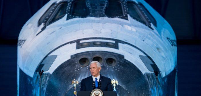 Mike Pence zapowiedział powrót ludzi na Księżyc