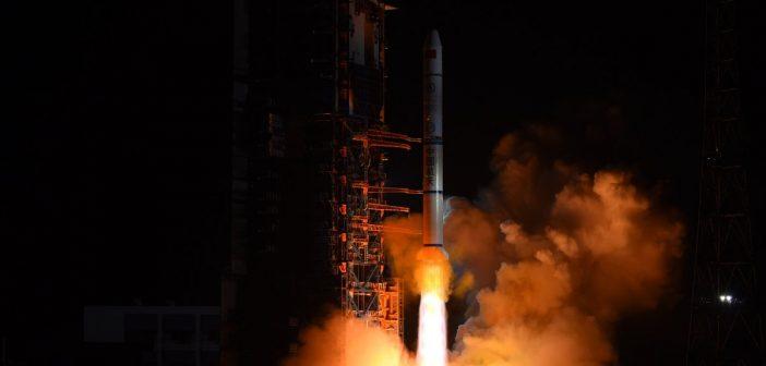 Start CZ-2C z trzema satelitami Yaogan-30-02 / Credits - CCTV, SST