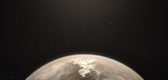 Skalista planeta w układzie Ross 128