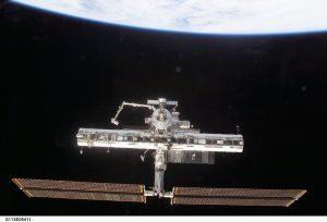 Wygląd ISS po odłączeniu promu Endeavour po misji STS-113 / Credits - NASA