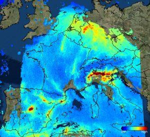 Stężenie dwutlenku azotu w atmosferze nad Europą - obraz z Sentinela 5P / Credits -Copernicus Sentinel data (2017), processed by KNMI/ESA