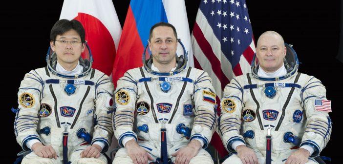 Nowa załoga leci na ISS