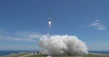 Udany lot rakiety Electron (21.01.2018)
