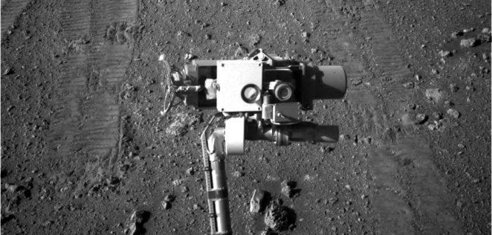 Zdjęcie ramienia łazika Opportunity, wykonane podczas sol 5000 misji / Credits - NASA