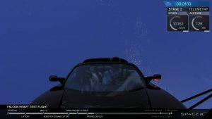 Widok na Teslę Roadster po uwolnieniu osłony aerodynamicznej / Credits - SpaceX