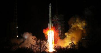 Start CZ-3B z satelitami BeiDou / Credits - CCTV