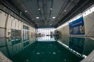 Należące do ESA Laboratorium Neutralnego Wyporu w Centrum Szkolenia Astronautów / credits: ESA–S. Corvaja