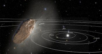 Artytyczna wizja 1I/2017 U1 jako komety / Credits - NASA/ESA/STScI