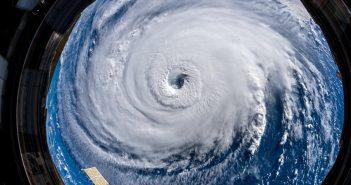 Huragan Florence z pokładu ISS (12 września 2018) / Credits - ESA, Alexander Gerst