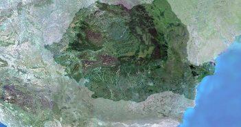 Mozaika zdjęć satelitarnych Rumunii / Credits - ESA, MERIS