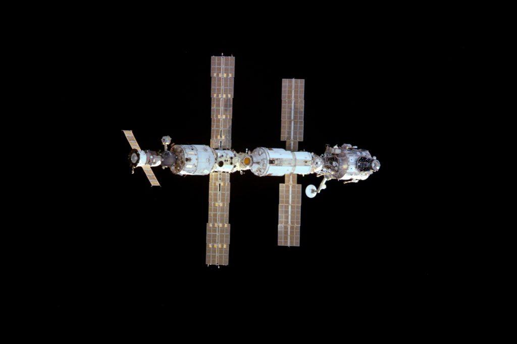 Wygląd ISS w 2000 roku / NASA
