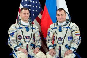 Załoga Sojuza MS-10 / Credits - NASA