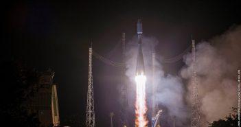 Start satelity MetOp / credits: ESA-CNES-Arianespace/Optique Video du CSG - JM. Guillon