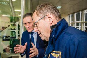Dyrektor generalny ESA w siedzibie firmy Creotech / Credits - Creotech Instruments