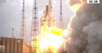 Start Ariane 5 z dwoma satelitami (4.12.2018)