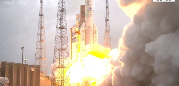 Start Ariane 5 z dwoma satelitami (4.12.2018)