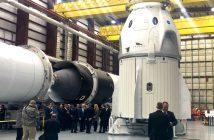 Kapsuła Dragon 2 i rakieta Falcon 9 - zdjęcie z połowy grudnia 2018, jeszcze sprzed integracji / Credits - Emre Kelly