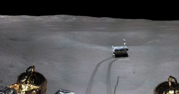 Fragment panoramy miejsca lądowania misji Chang'e 4 / Credits - CNSA