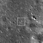 Rejon lądowania Chang'e 4 - obserwacje LRO z perspektywy zenitu (odległość 82 km) / Credits - NASA/GSFC/Arizona State University