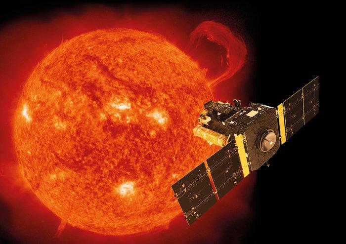 SOHO / credits: Spacecraft: ESA/ATG medialab; Sun: ESA/NASA SOHO