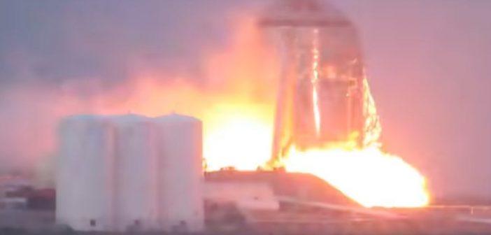 Pierwsze odpalenie Raptora na StarHopperze / Credits - NASASpaceFlight Videos, @BocaChicaGal