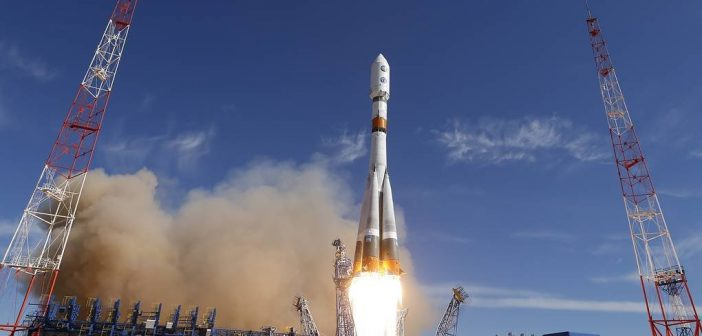 Start rakiety Sojuz-2.1b / Credits - TASS
