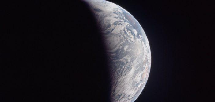 Zdjęcie Ziemi wykonane podczas powrotu z Księżyca - misja Apollo 11 / Credits - NASA