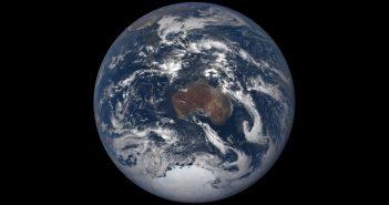 Australia z sondy DSCOVR - 24 grudnia 2018 / Credits - NASA