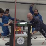Prace w trakcie lotu parabolicznego / Credits - ESA