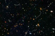 """Obraz głębokiego nieba i """"nieproszeni goście"""" - planetoidy z Układu Słonecznego / Credits - NASA, ESA, and B. Sunnquist and J. Mack (STScI)"""
