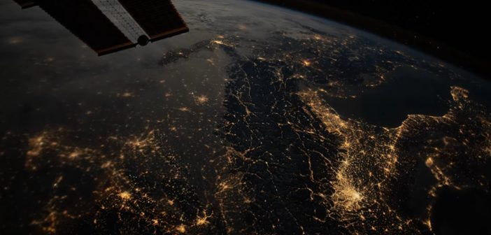 Spojrzenie na Włochy, Chorwację, Słowenię i Austrię z pokładu ISS / Credits - NASA, ESA, Sean Dorian
