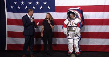 Skafander do programu Artemis - pierwsza prezentacja / Credits - NASA TV