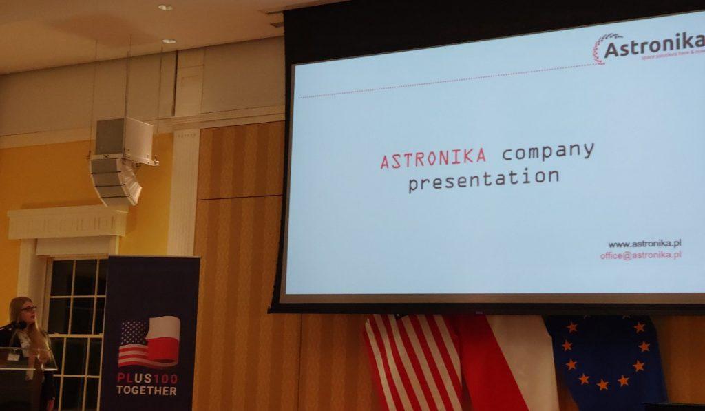 Prezentacja firmy Astronika / Credits - kosmonauta.net