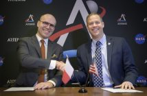 IAC 2019 - Michał Szaniawski i Jim Bridenstine / Credit: (NASA/Bill Ingalls)