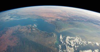 Ziemia z pokładu ISS / Credits - Sean Dorian, NASA