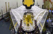 Test osłony słonecznej JWST / Credits - NASA
