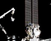Spacer kosmiczny EVA-60