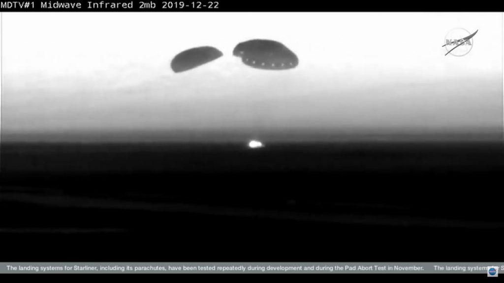Moment lądowania CST-100 Starliner / Credits - NASA TV