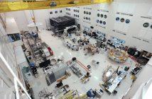 Widok na High Bay 1 - prace nad łazikiem Mars 2020 (zdjęcie z listopada 2019) / Credits - JPL, NASA