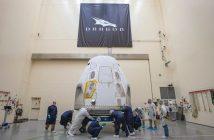 Dragon 2 do misji SpX-DM2 po dotarciu do KSC / Credits - SpaceX
