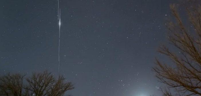 Flara z jednego z satelitów paczki Starlink / Credits - Craig Taylor