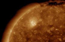 Północno-wschodni wycinek tarczy słonecznej w dniu 2 kwietnia 2020 z widocznym obszarem 2759 / Credits - NASA, SDO