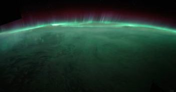 Ziemia nocą z perspektywy ISS