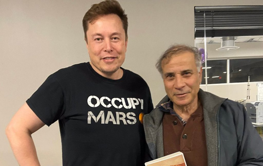 Elon Musk i Robert Zubrin / Credits - Mars Society