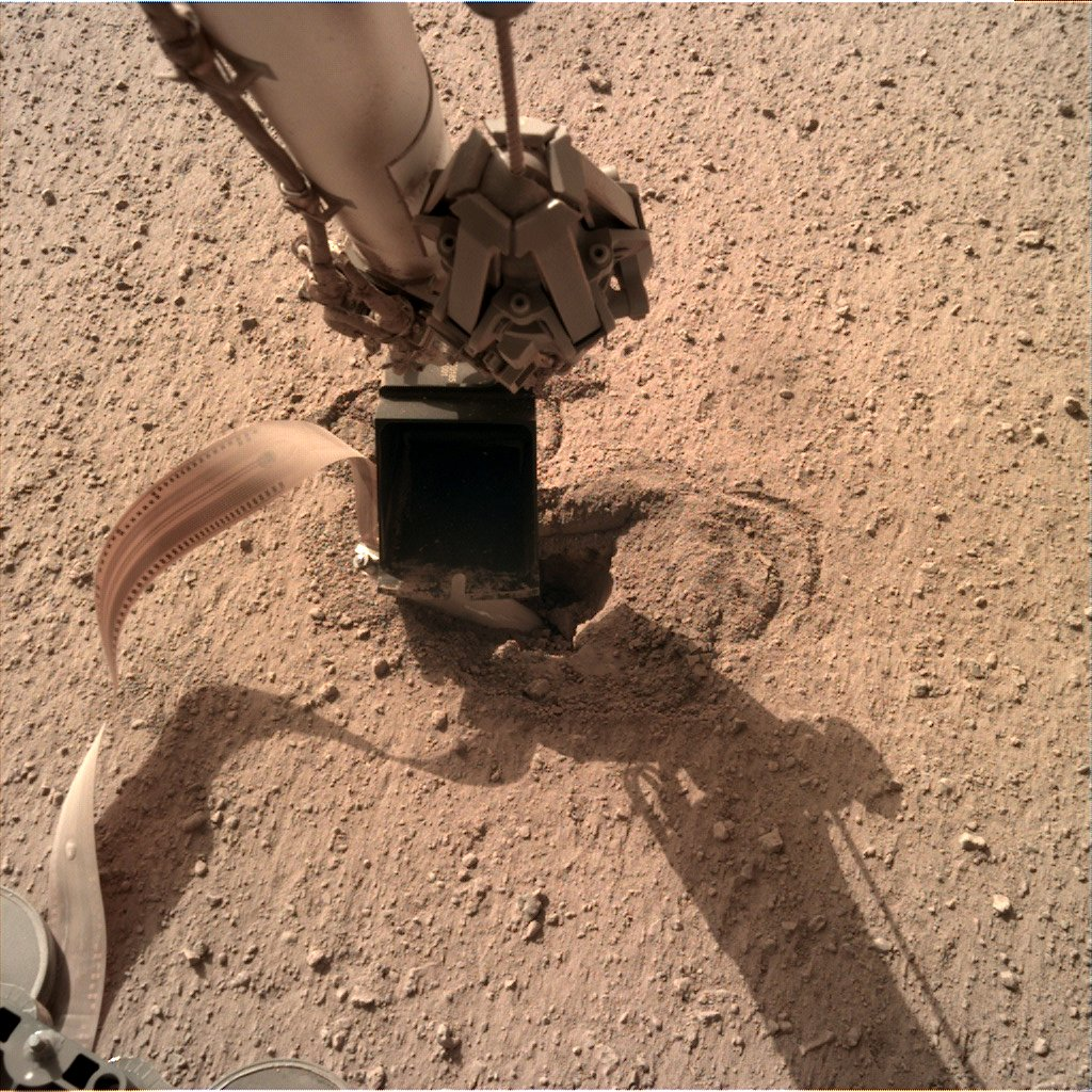 26 kwietnia 2020 - spojrzenie na (jeszcze widocznego) Kreta / Credits - NASA, JPL-Caltech