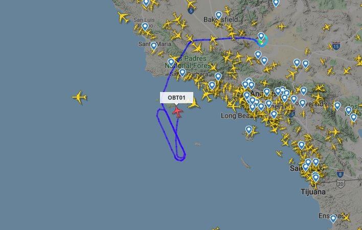 Samolot Cosmic Girl powraca na lotnisko po nieudanym starcie LauncherOne - 25.05.2020 / Credits - Flightradar24